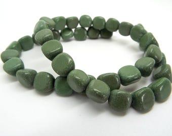 40 Serpentine Beads, Green Serpentine, Natural Gemstone, 8-11mm, Triangle Pebble, 15in Strand, Serpentine Pebbles, Gemstone Beads, UK Seller