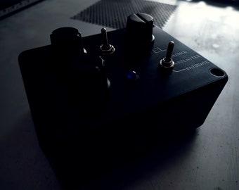 Black Box AUDIO DESTRUCTOR - circuit bent distortion noise effects box