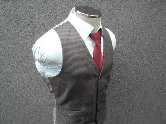 1980s Mens Pinstripe Vest Size 40 Medium / Wool Wa