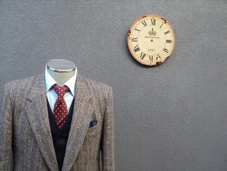1980s HARRIS TWEED Jacket  Vintage Scottish Wool Sport Coat  Brown Herringbone Harris Tweed Blazer  Size 42 Regular  Large  Lrg  L