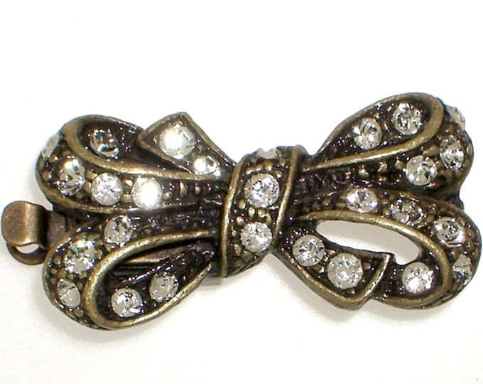 One-Strand Bow-Shaped Box Clasp in Antique Brass or Black Copper Finish with Swarovski Crystals, 22x11mm