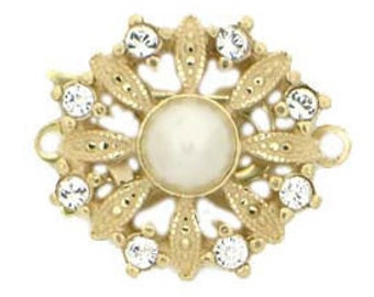 One-Strand Daisy-Shaped in Light Gold (over sterling silver) Fishhook Pearl Clasp with Center Pearl and Swarovski Crystal Petals, 14mm