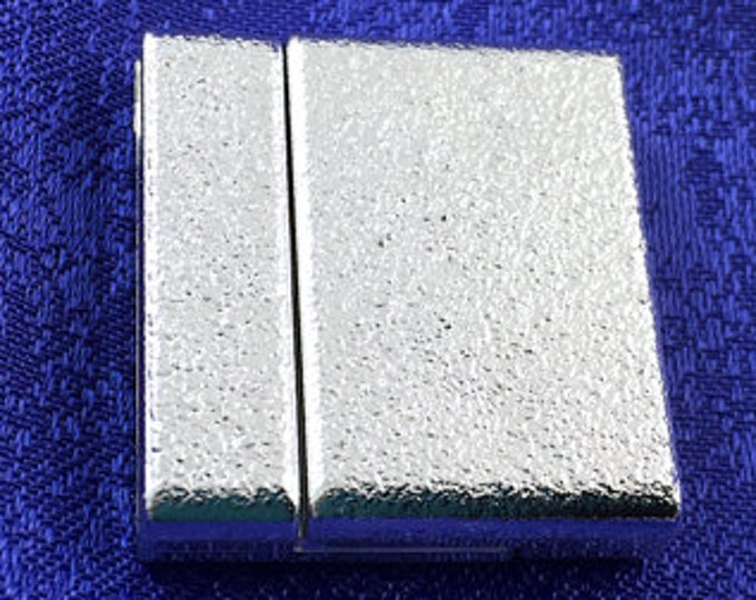 Wide Magnetic Glue-In Clasp for 30mm Leather, Vinyl or Flat Beaded Bracelets,  25x33mm, in Textured Gold or Silver Finish