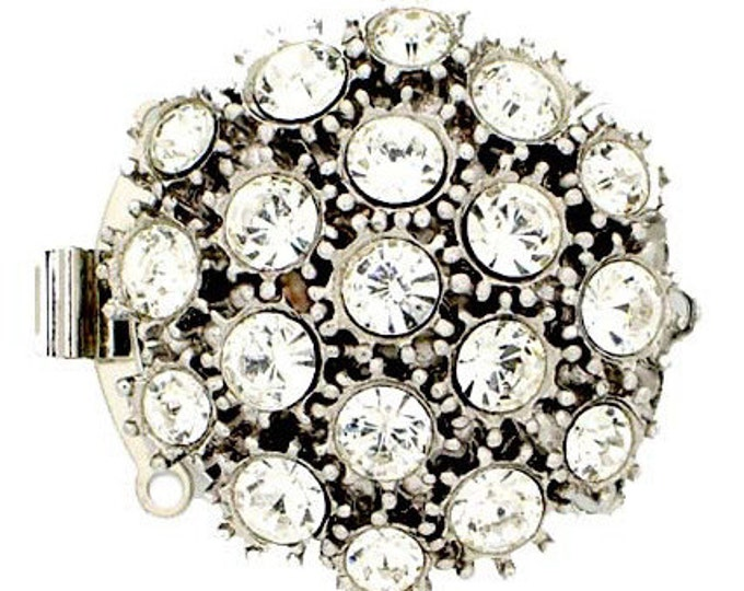 Three-Strand Round Box Clasp with Swarovski Crystals in Rhodium or Gold Finish, 29mm