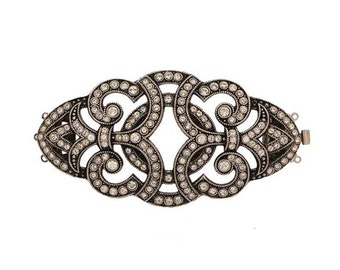 Three-Strand Edwardian Clasp in Two Antique Finishes with Swarovski Crystals, 73x35mm