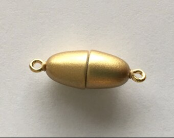 Gold Bullet-Shaped Magnetic Clasp with Rings in Two Finishes, 17x8mm