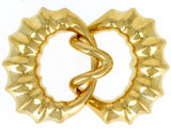 Three-Strand Hook and Eye Clasp in Gold or Rhodium Finish, 38x27mm