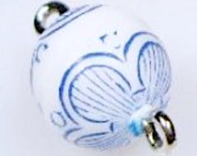 10mm Magnetic Clasps in Blue and White Pattern