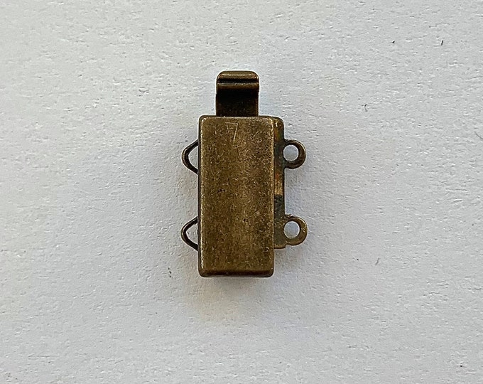 Two-Strand Slider Clasp in Antique Brass Finish, 13x6mm