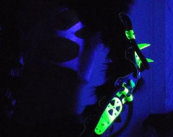 Cyber goth Exo-hand UV TOXIC