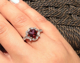 14K White Gold Ring with Garnet Stone