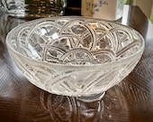Lalique Pinsons Bowl Finches in Foliage 9.25 quot Mint Signed Guaranteed Authentic