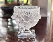 Lalique Elizabeth Vase in Mint Condition Signed Authentic Excellent Quality