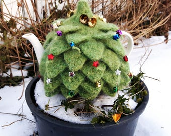 The Christmas tree (Jólatréið): Tea cosy (Tehetta)