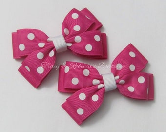 Set rasberry dot mini clip pigtail hair bows