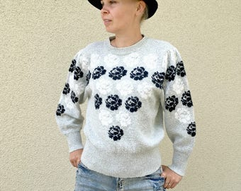Grey floral winter sweater roses print knitted cardigan M