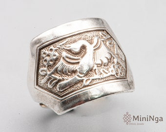 RESERVED - Vintage Chinese silver ring Qing Dynasty adorned with a bird - authentic ethnic jewelry