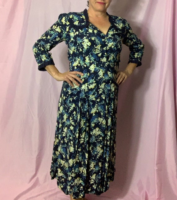 Vintage 40s Cold Rayon Dress, Large, blue floral,