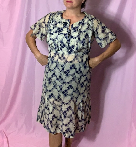 Vintage 30s/40s Light Cotton Dress, Large, blue an