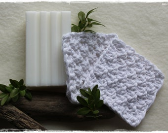 Make-up pads 2 pieces decorative and eco-friendly in white knitted zero waste gift life without plastic handmade by lavender heart