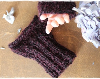 Baby arm warmers, handmade by lavender heart, knitted, black red fingerless gloves pulse warmer