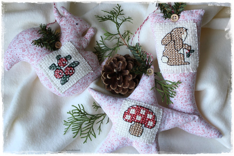 Squirrel boots and star from peasant fabric Christmas winter image 0
