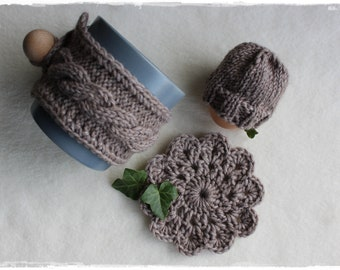 Coaster egg hat and cup warmer gift set in BRAUN handmade by lavendelherzl