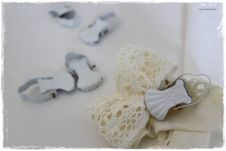 Curtain clip SHABBYchic clamp white decoration gift fan image 0