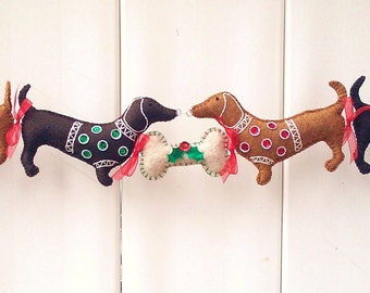 dachshund christmas garland doxie christmas decoration wiener dog christmas decoration dog garland