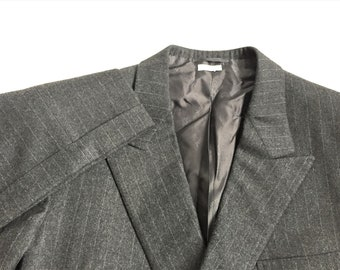 a44a9bf9885481 Vintage Brioni Gray Chalkstripe Flannel Double Breasted Suit 44L