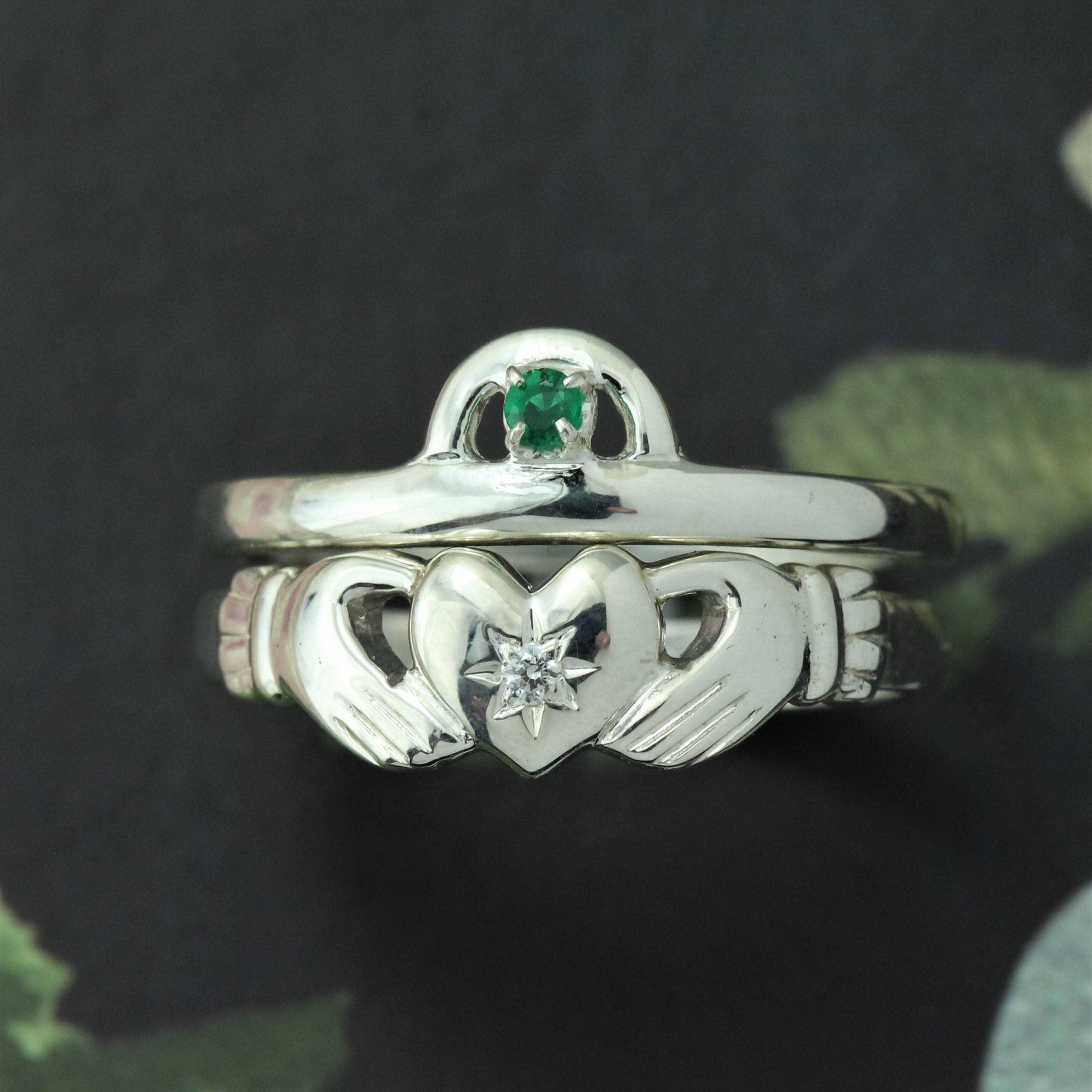diamond and emerald claddagh ring irish claddagh emerald. Black Bedroom Furniture Sets. Home Design Ideas