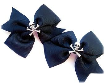 Gothic hair bow, gothic hair clip, skulls clips, gothic jewellery, gothic gift, hair bows.