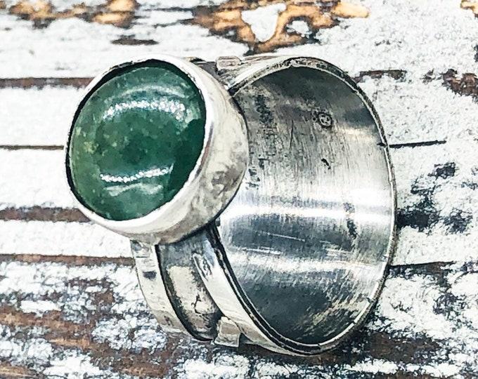Handmade green quartz sterling silver ring