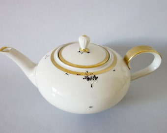 Chitins Gloss - Tea Pot - Vintage Porcelain - Handpainted With Ants