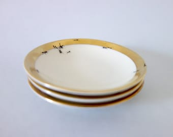 Chitins Gloss - Set Of Small Plates - Vintage Porcelain - Handpainted With Ants