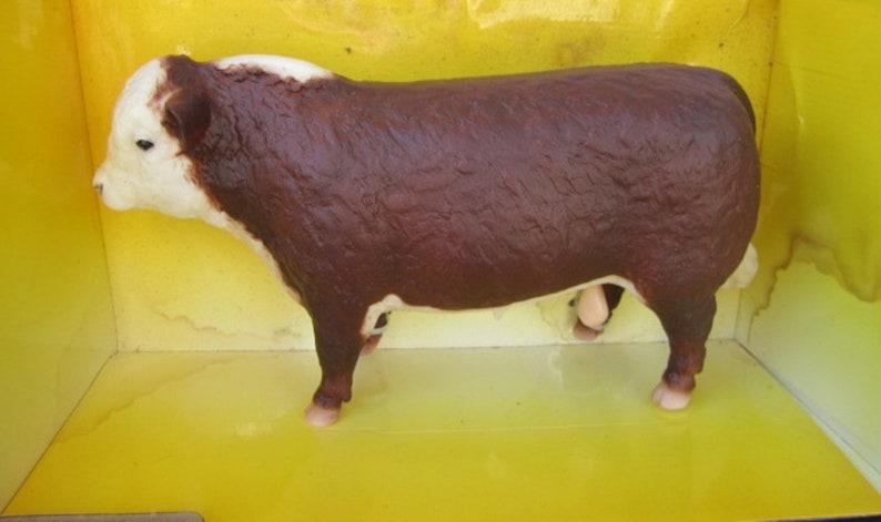 Breyer #74 Polled Hereford Bull With Original Box
