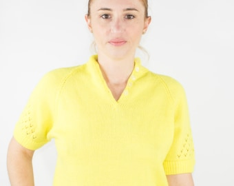 90s Vintage Cutout Sweater   Bright Yellow Short Sleeve Pullover   Size Small