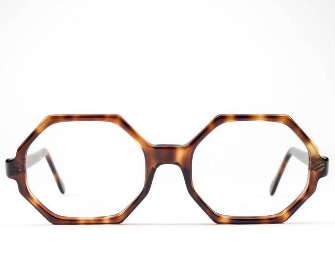e2ea43023888 70s Eyeglass Frame