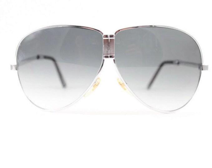Vintage 1980s Cool Silver Fold Away Aviator Sunglasses with Dark Grey Ombre Lenses - Top Gun Silver XX