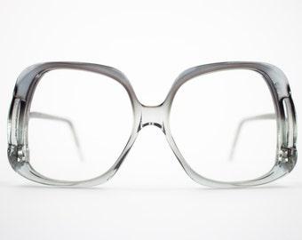 4d894911bc3c Vintage Eyeglass Frame