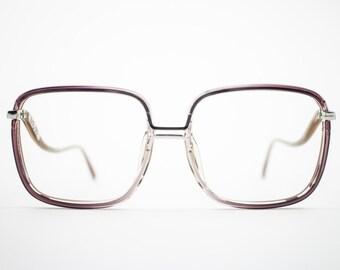 551f3edcdb 1970s Vintage Eyeglass Frame