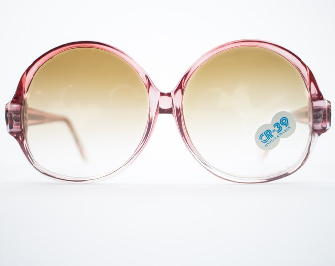 70s Vintage Sunglasses | Round Oversize Clear Red Sunglasses | 1970s Deadstock - 1070 Red