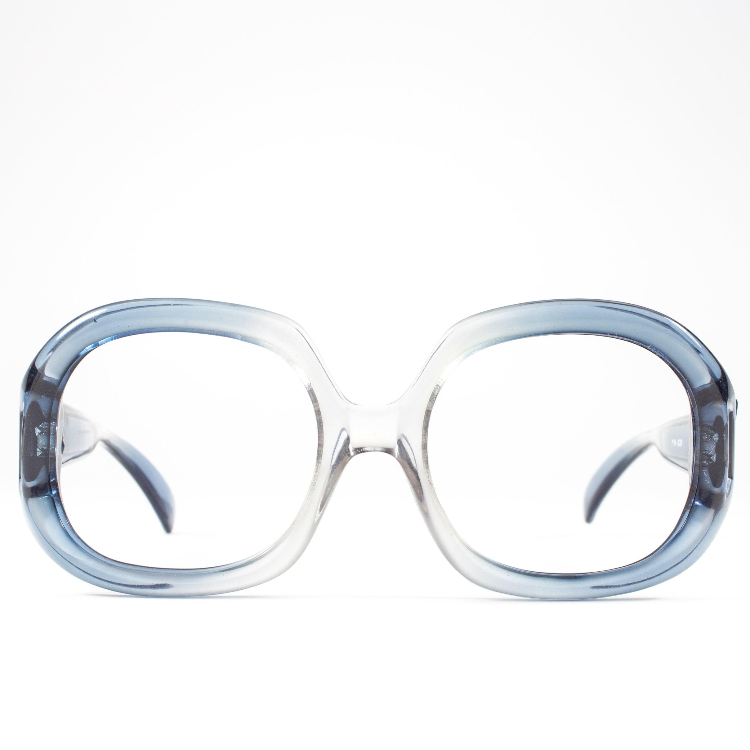 6b87dc38c7 Vintage 1970s Eyeglass Frame
