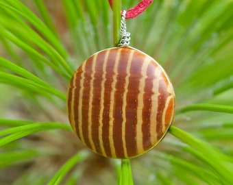 Cabochon Longleaf Heartwood Necklace with Stainless Steel and Satin