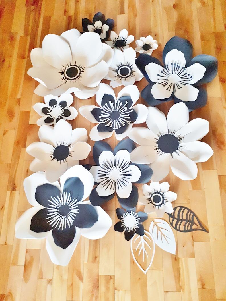 Anemone Paper Flower Backdrop set of 14 Wedding Flower Wall