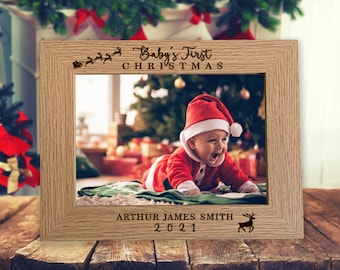"""Baby's First Christmas Personalised Photo Frame 7"""" x 5"""" - Engraved 1st Xmas Picture Frame Gift, Keepsake Personalized Christmas Gift 2021"""
