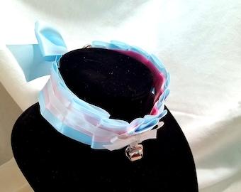 Cute ribbon choker collar kitten play with bell