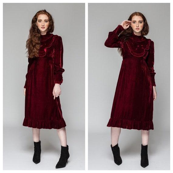 Velvet Opulence /Velvet Dress / Victorian Dress/ V