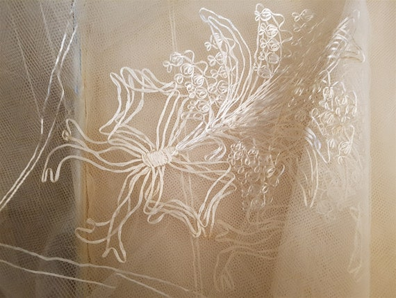 Vintage White Lace Bridal Wedding Veil 1950's Mid… - image 1