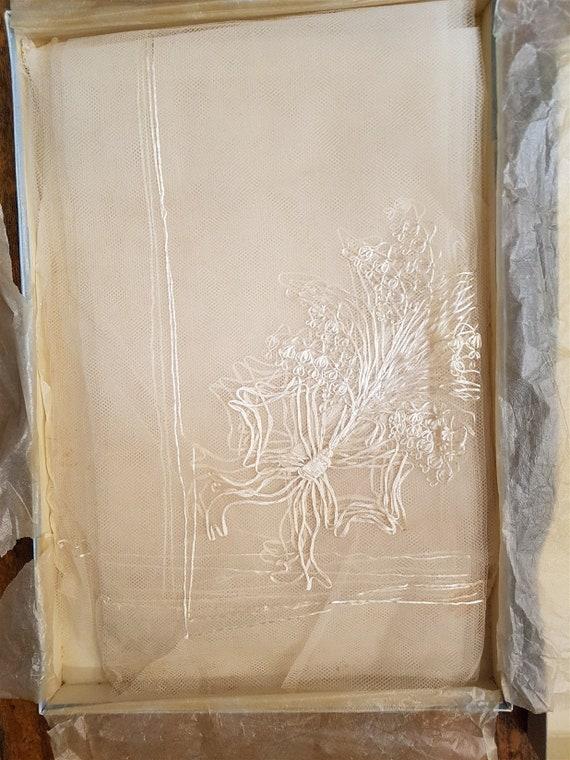 Vintage White Lace Bridal Wedding Veil 1950's Mid… - image 2